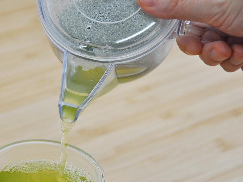 軽い!熱くない!「割れない透明急須 」で「秋のお茶」を淹れてみませんか?